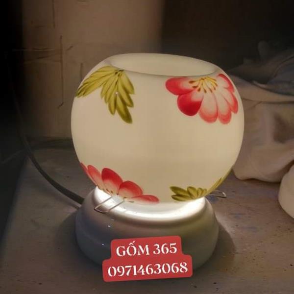 Đèn xông tinh dầu vẽ hoa lá